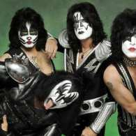 KISS Frontman Paul Stanley: 'If I Were Gay, I'd Be Proud' – VIDEO