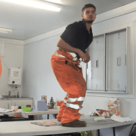 Sexy British Scaffolder Does Perfect Dinosaur Impressions from 'Jurassic Park' – WATCH