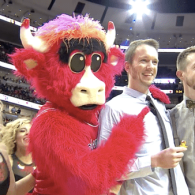 gay couple chicago bulls