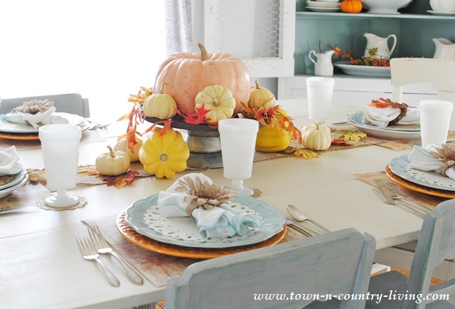 Simple Thanksgiving Table Setting Town Country Living