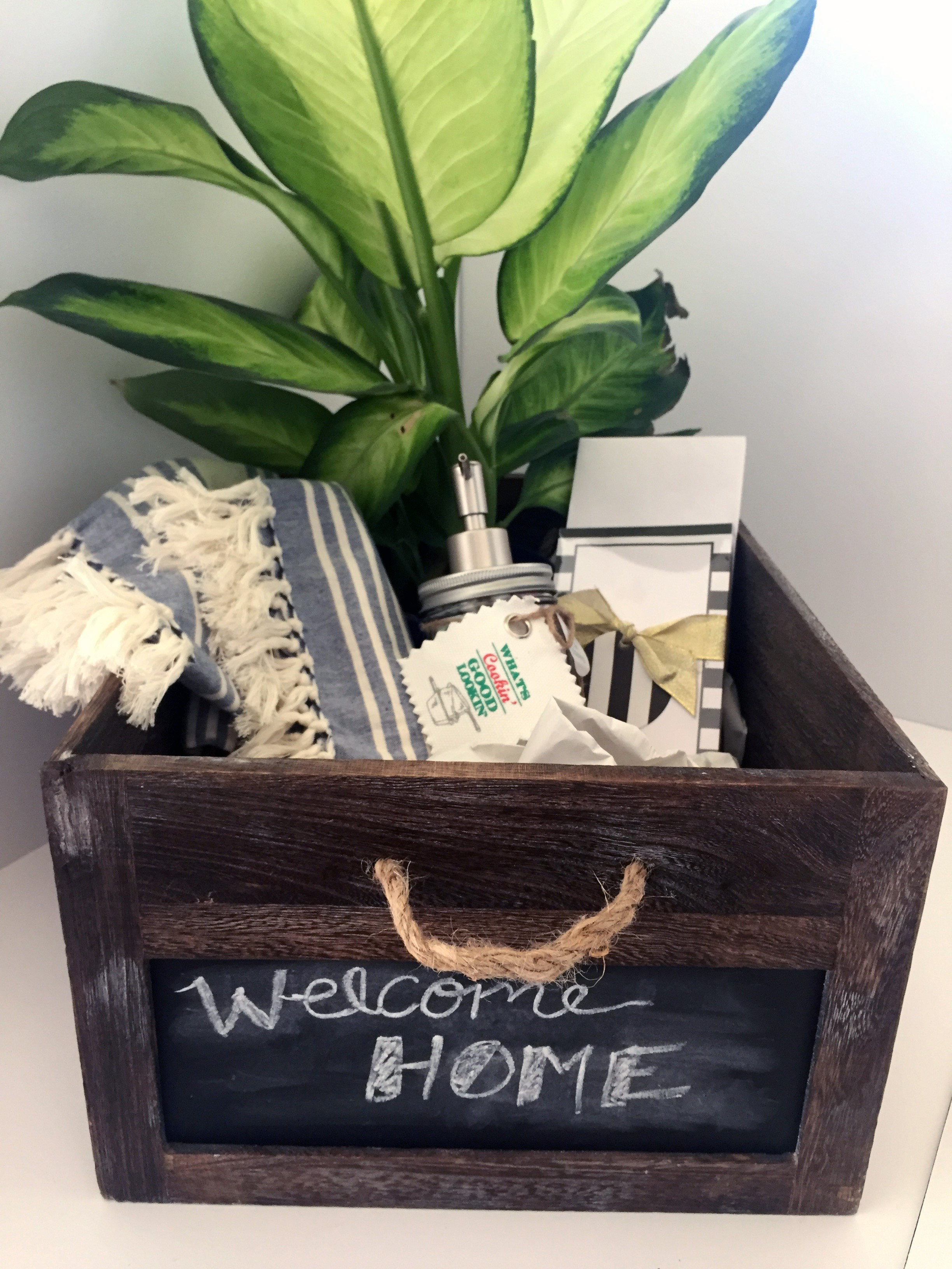 Housewarming gift guide town lifestyle design for What is an appropriate housewarming gift
