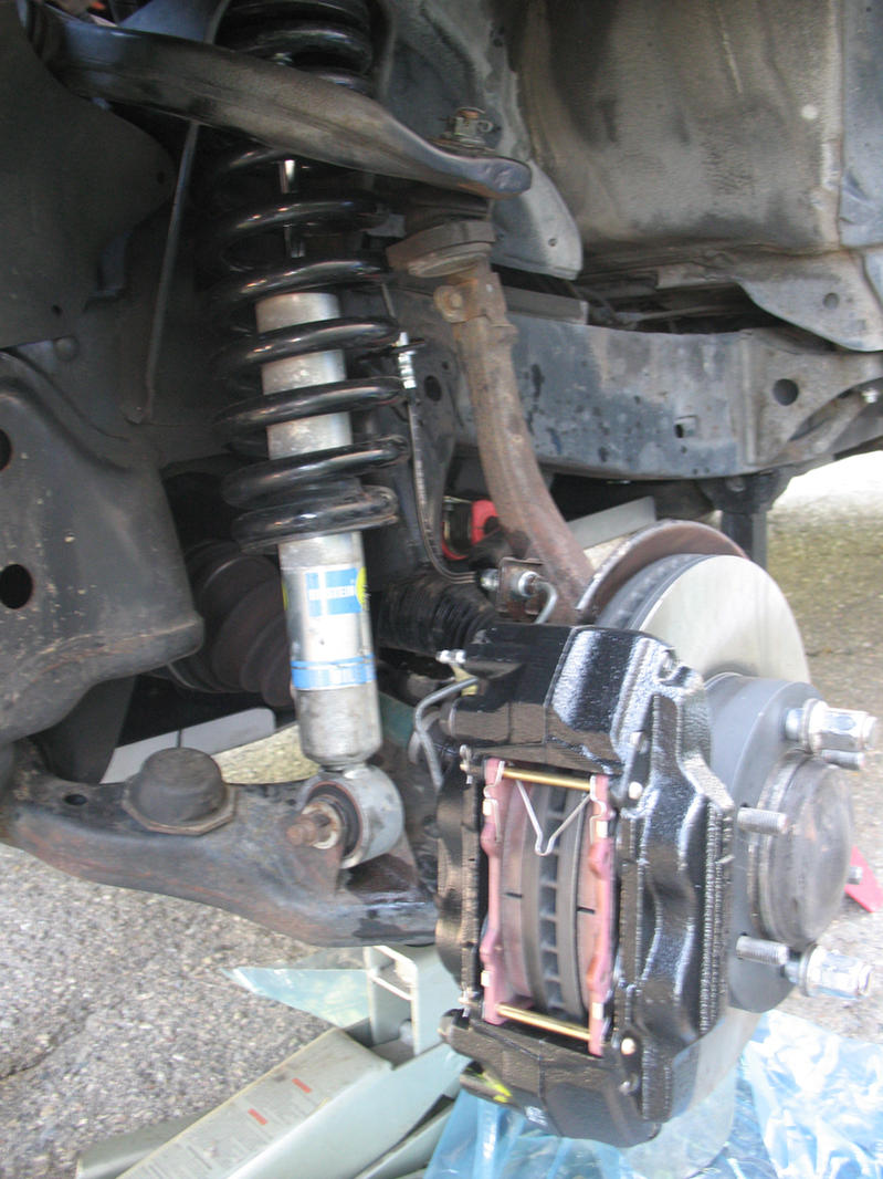 1993 toyota fuel filter location