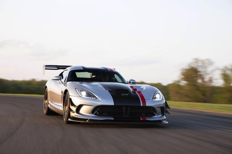 2016-Dodge-Viper-ACR