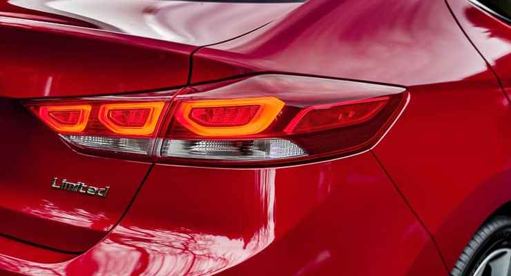 2017 hyundai elantra review (28 of 29)