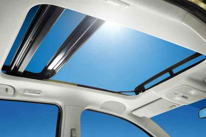 Sunroof vs Moonroof: What are the major differences?