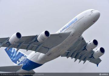 エアバスA380型機