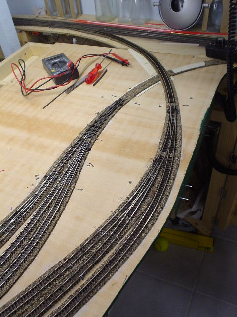 Questions about using curved turnouts TrainBoard - The