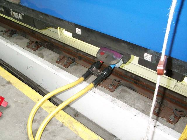 Track  Traction Current