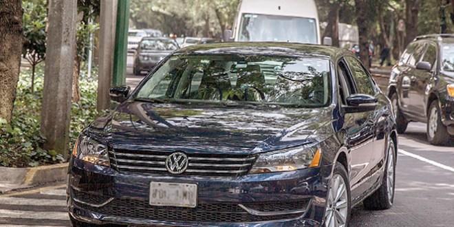 """Gobierno del DF determina que servicios de Uber y Cabfy son """"pirata"""""""