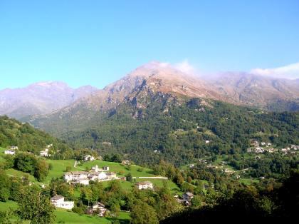 Veduta di Inverso (750 m s.l.m.)