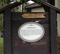 travel-slovenia-svarunova-path-post
