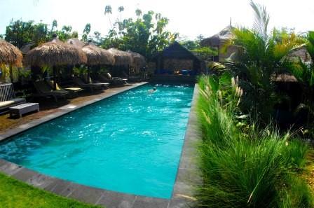 Unterkunft zum Surfen mit Pool in Bali