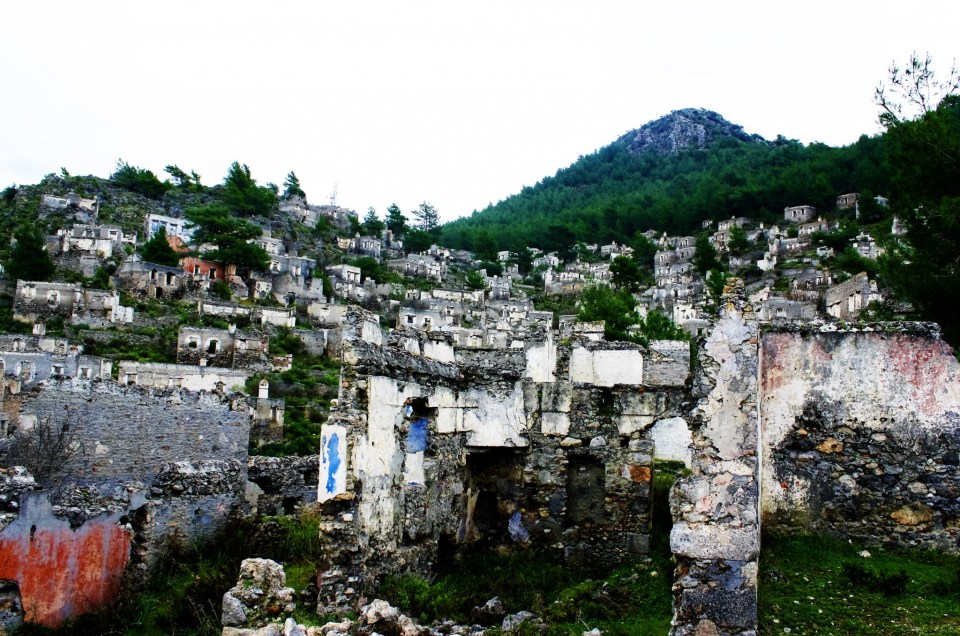 Exploring The Haunting And Abandoned Village of Kayaköy