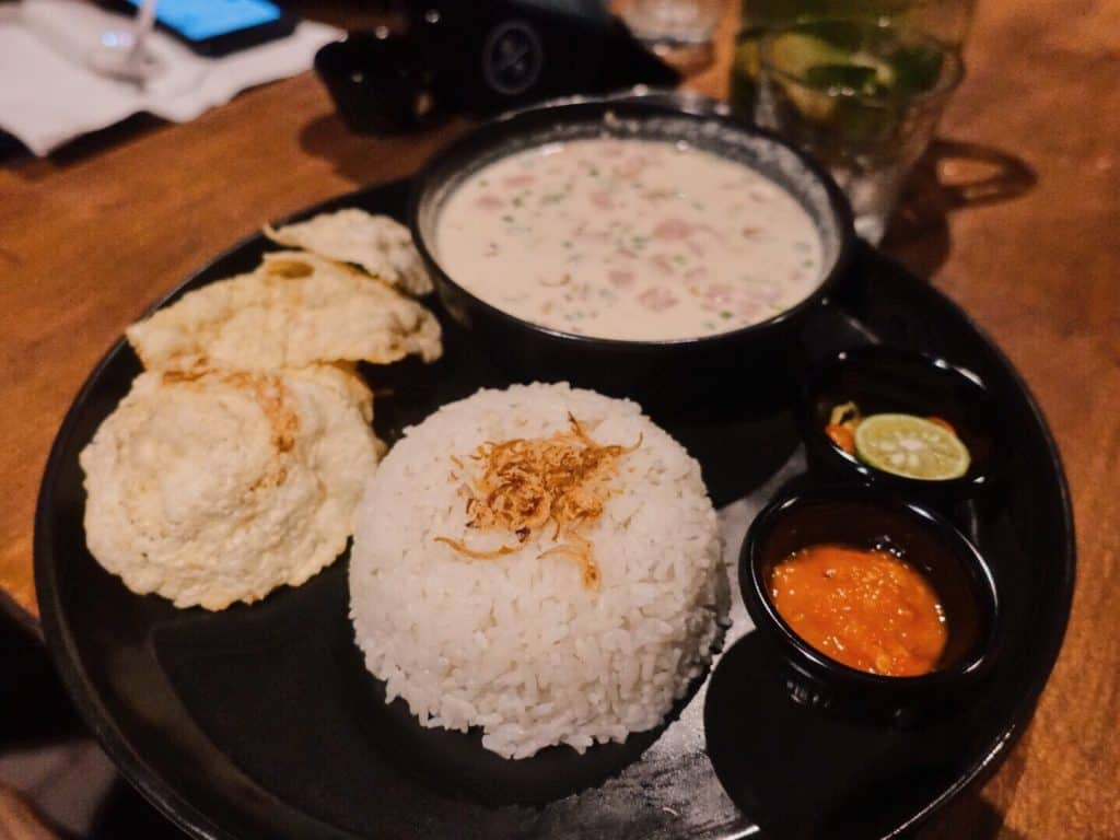 travelbeib coffee review bali 911 cafe and concept store soto betawi