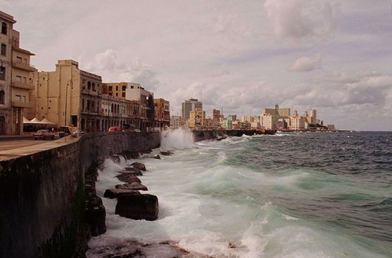 Cuba_malecon