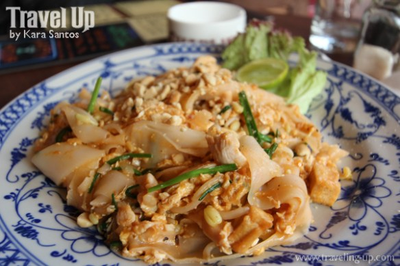 pad thai charlies siem reap cambodia