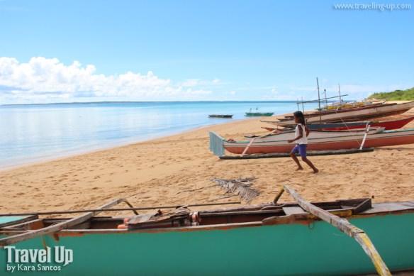 jomalig quezon beach boats