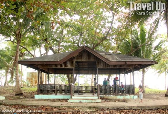 tawi-tawi sangay siapo island hut