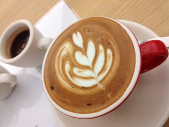 07. oppo n1 smartphone photo sample coffee