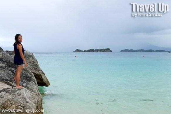 tugawe cove resort caramoan beach rocks