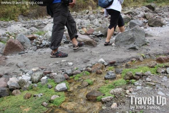 hiking mt. pinatubo trail shoes