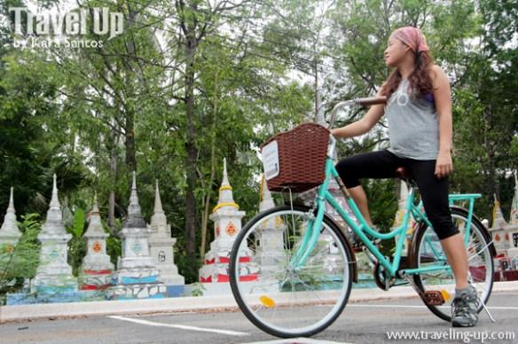 bicycle amphawa thailand stupas travelup