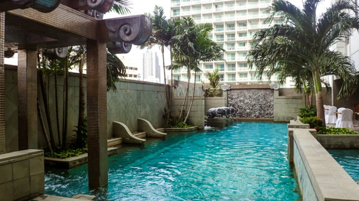 Majestic Grande Bangkok Pool
