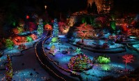 Family Fun Holiday Attractions in the Pacific Northwest ...