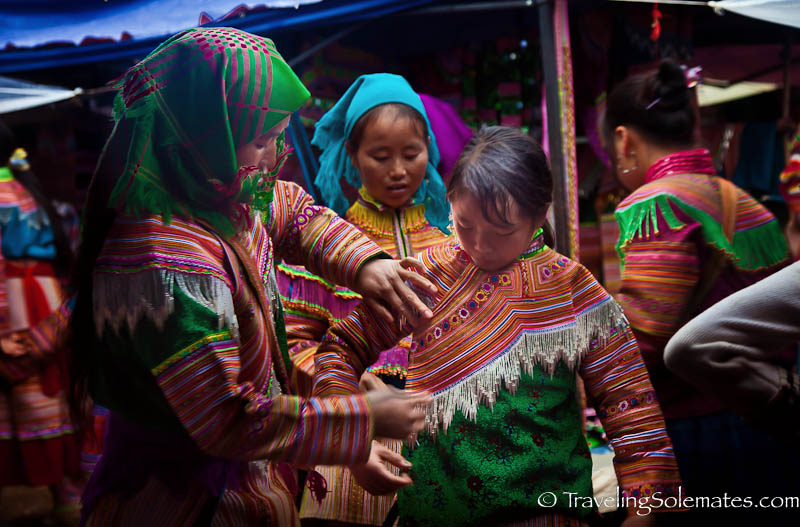 10-Flower Hmong Clothes, Bac Ha Market, Vietnam