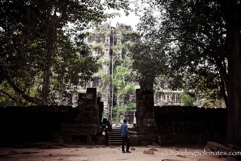 Pyramid Tempe-Prasat Thom, Koh Ker, Cambodia