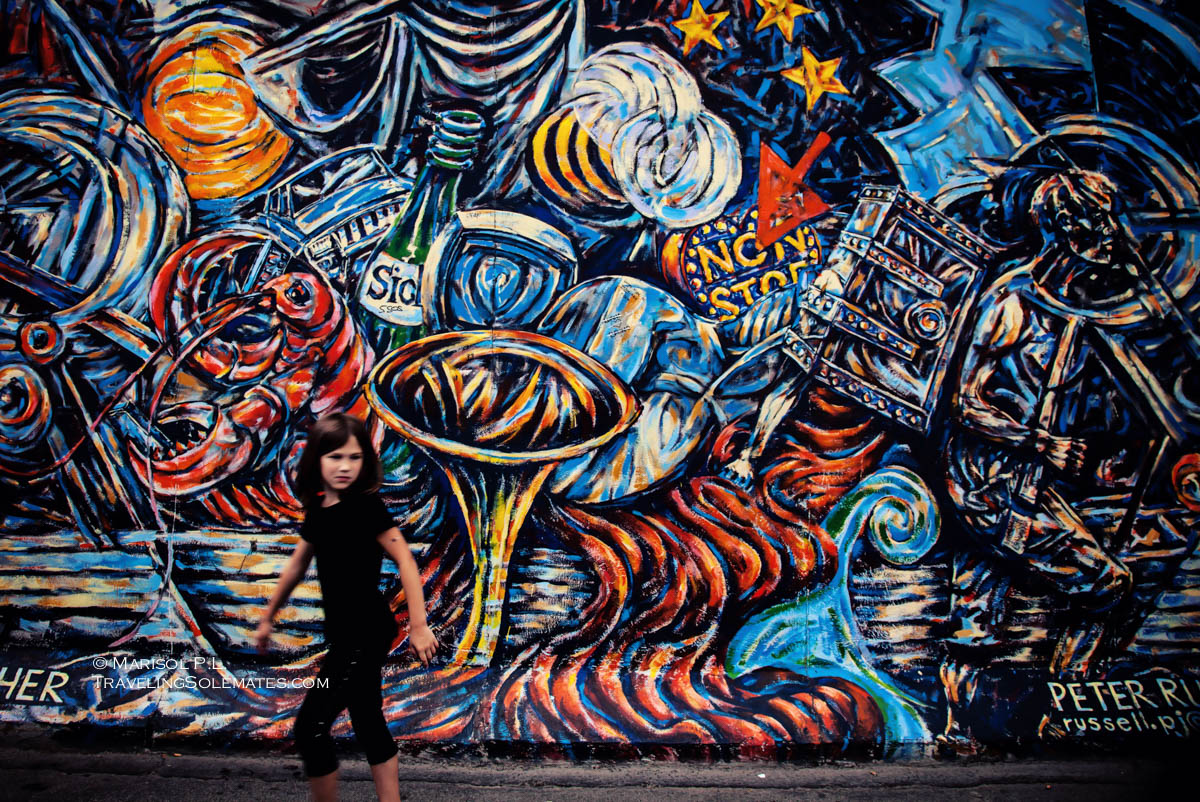 Arts, Paintings on Berlin Wall's East Side Gallery