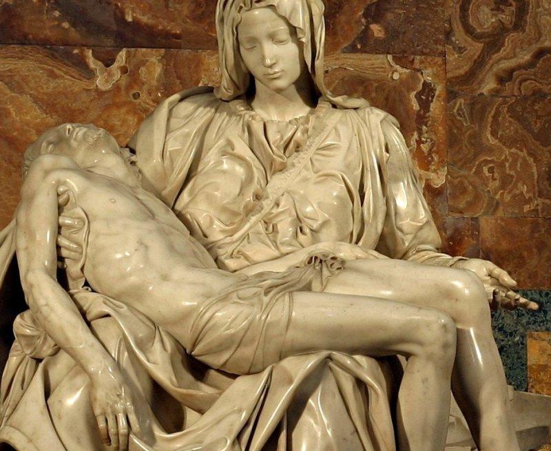 Michelangelo's_Pieta_5450_cut_out_detalle
