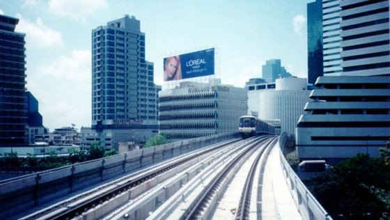 bangkok metro - tips to save money in thailand