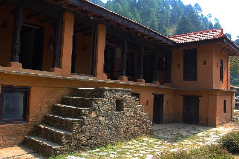 Saur village, the terraces, kanatal