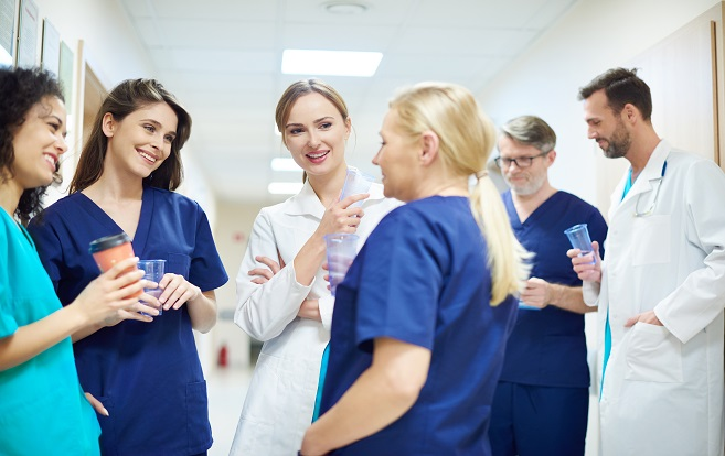 Is It Hard Becoming a Travel Nurse? 4 Reasons RNs Hesitate