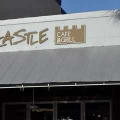 Try the Sandcastle Café and Grill for Breakfast Buffet