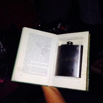 Irma Prince, versteckt im Buch