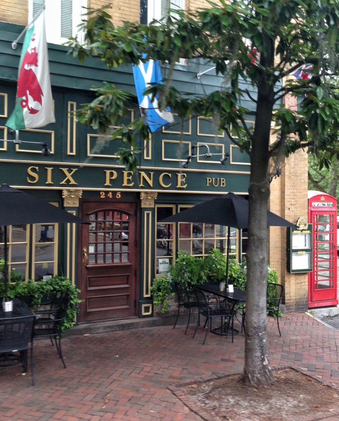 Six-pence-pub-savannah-ga