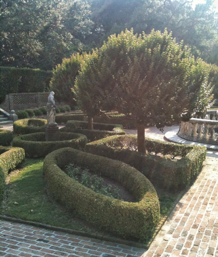 Elizabethan-Gardens-Roanoke-Island-things-to-do-in-the-outer-banks-2