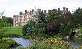 Sandringham House – The Queen's Favourite Winter Retreat