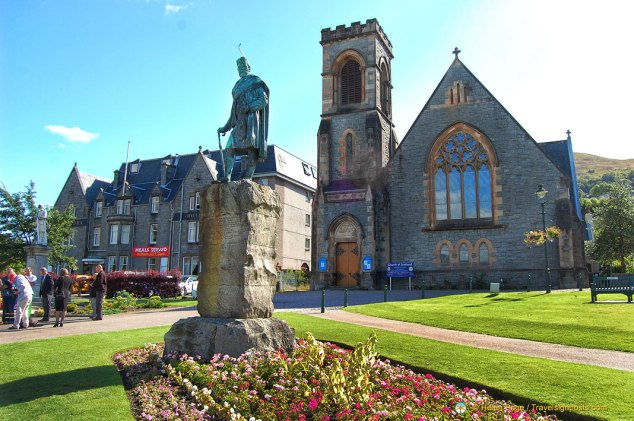 Donald Cameron Statue in front of Church of Scotland, Fort William