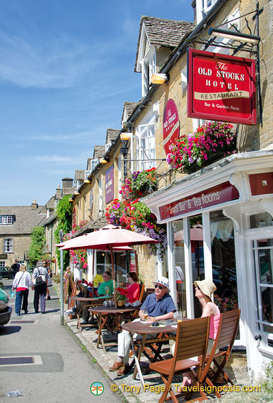 Taking a rest at Stow-on-the-Wold