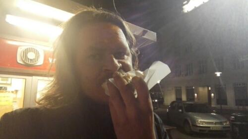 Eating my Reykjavik hot dog from Bæjarins Beztu Pylsur