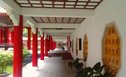 Walking inside the shrine