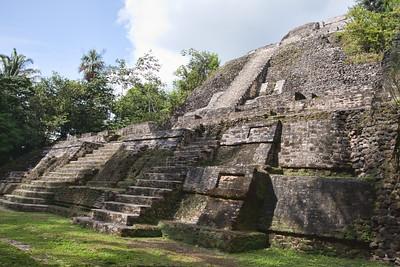 Belize Lamanay Mayan ruins