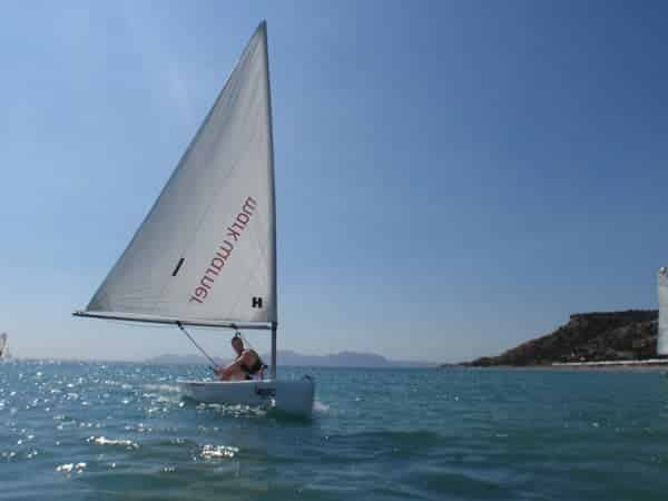 Learn sailing in Greece