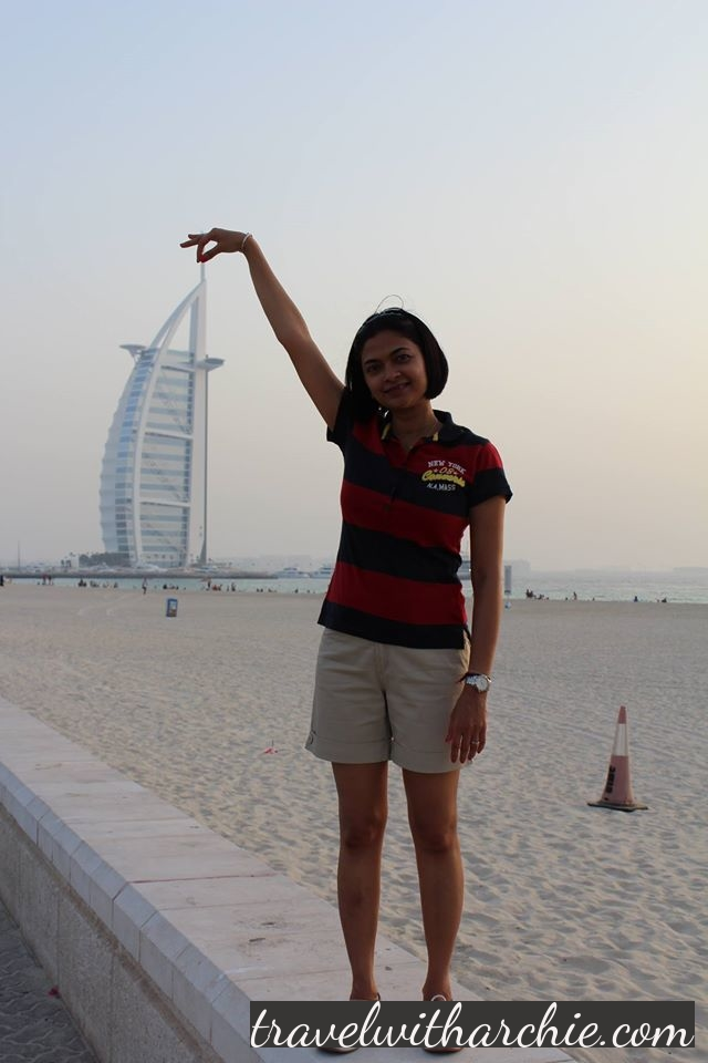 Holding the Burj-Al-Arab with two fingers