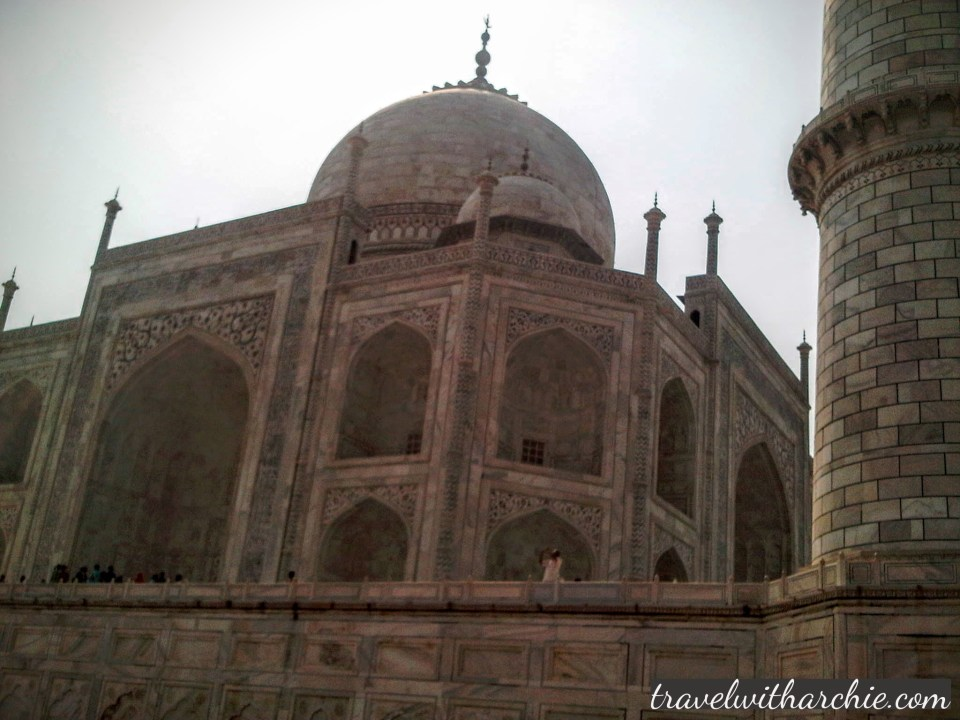 The side view of the Taj Mahal