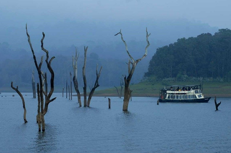 Ooty Hd Wallpapers Thekkady Periyar Lake Amp Sanctuary Places To Visit In