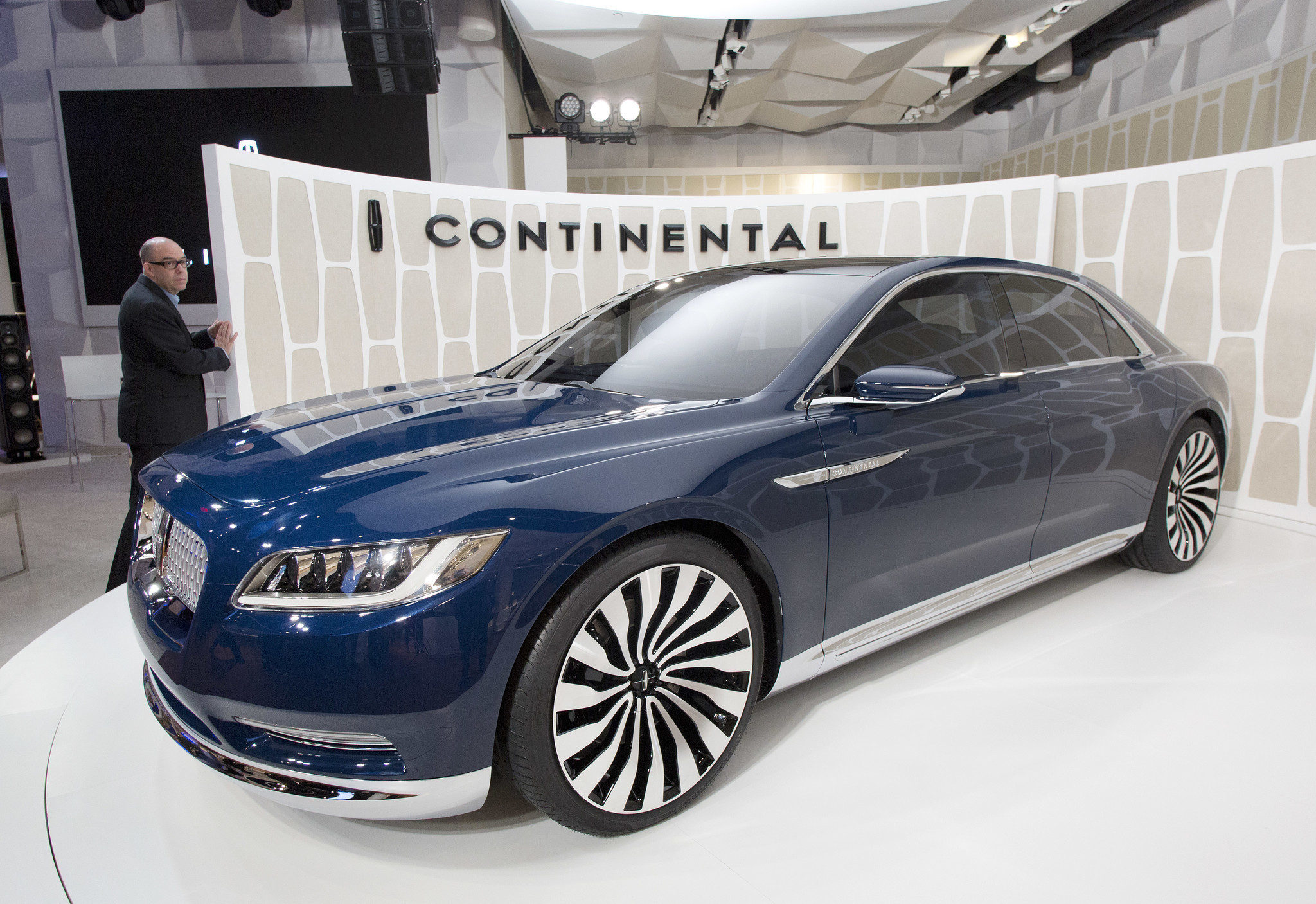 Lincoln Town Car 2015 Wallpapers Lincoln To Build Luxury Suvs In China For Fast Growing